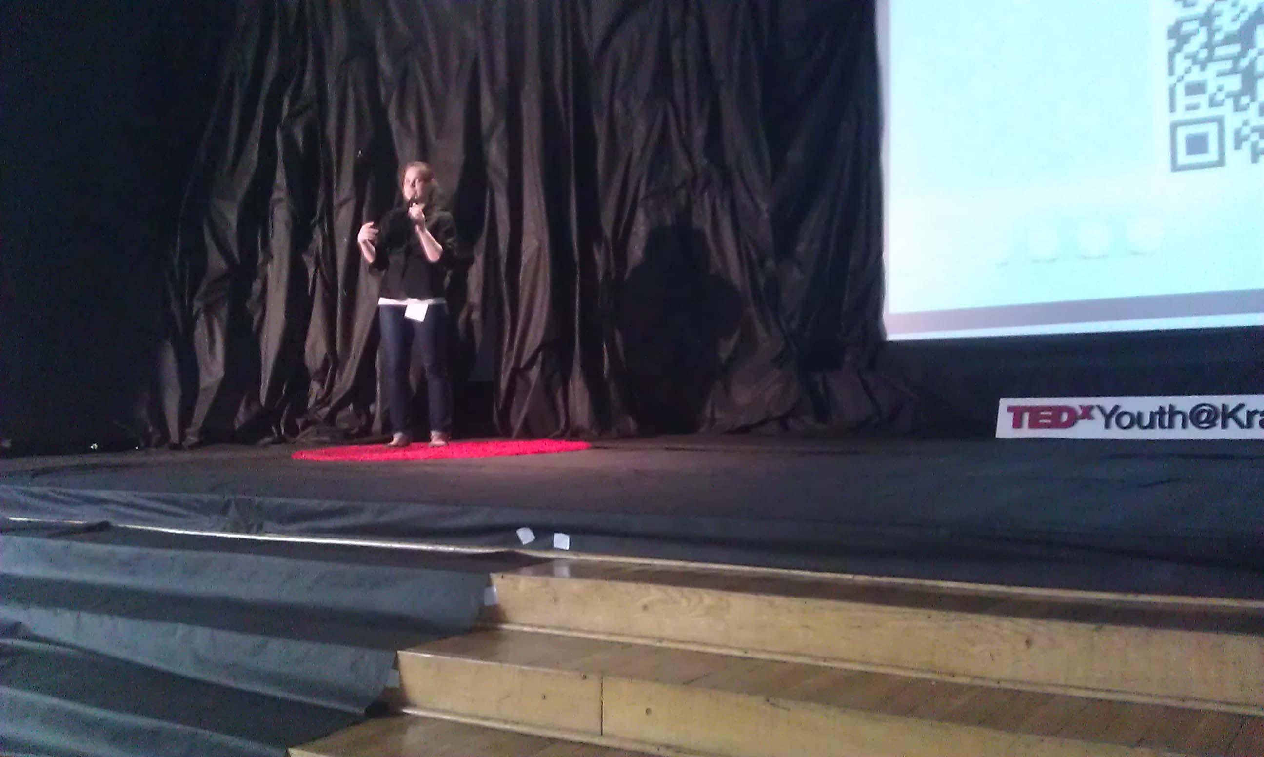 TEDxYouth@Kraków - prezentacja oświatłowodach