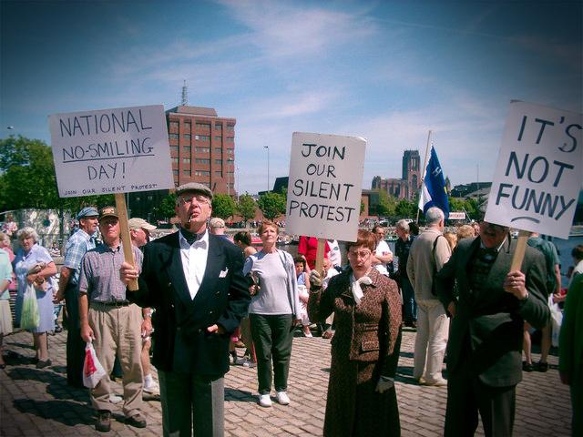 Kto powinien zrobić protest? http://jamowie.to Ja mówię TO