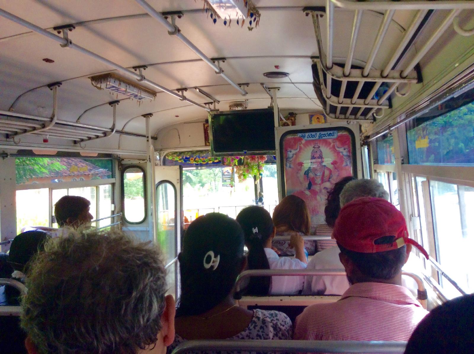 Transport autobusowy Sri Kanka Ja mówię TO