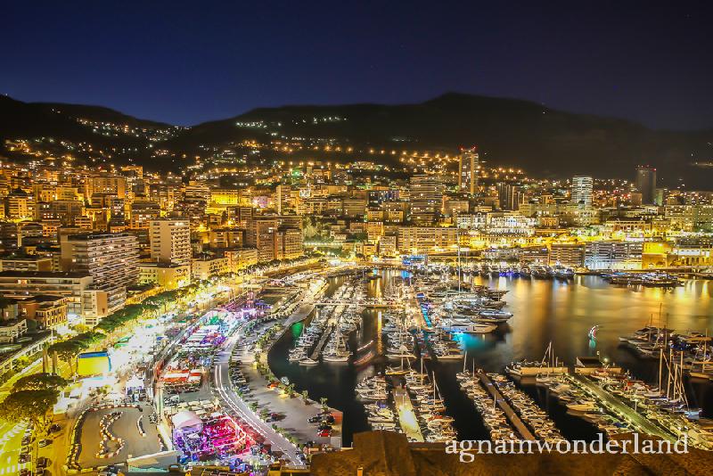 Monako nocą (foto: http://agnainwonderland.blogspot.com/)