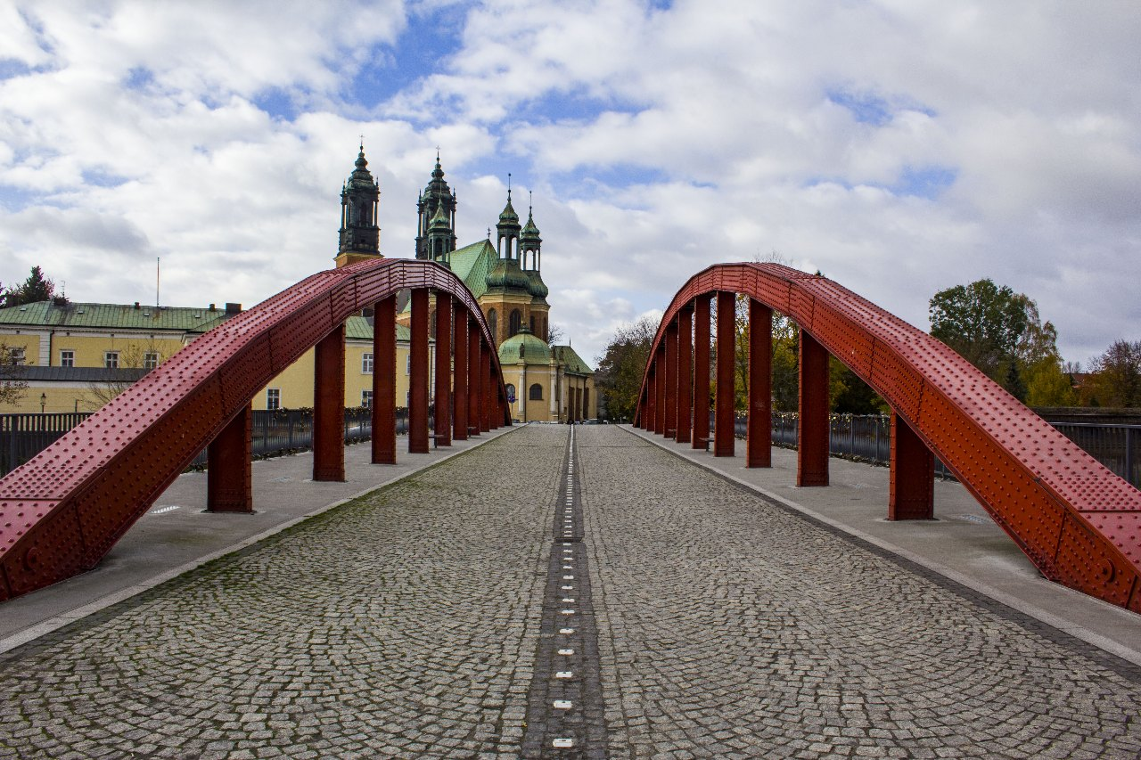 Skąd się wzięły nazwy polskich miast?