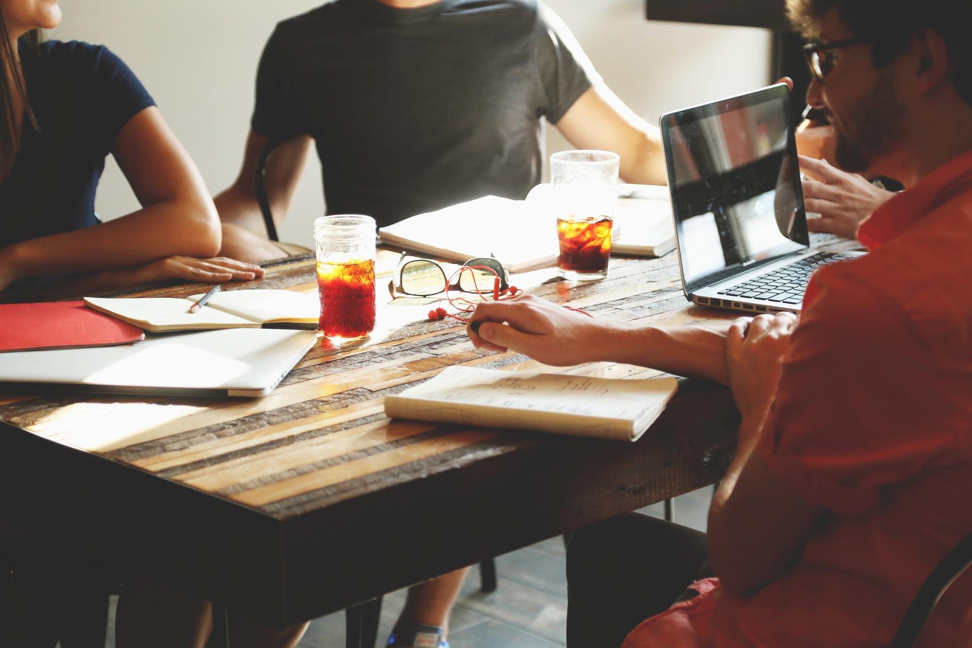 Work-life balance w delegacji - Ja mówię TO https://jamowie.to